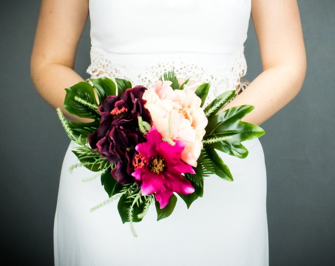 Small bridesmaids bouquet, tropical flowers fuchsia burgundy peach, monstera leaves wedding greenery toss bouquet