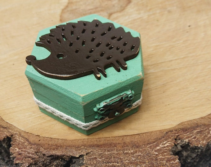 Hedgehog Engagement ring box, sage green brown cotton lace handmade satin rose shabby chic, small box, cute proposal, custom, dusty pink