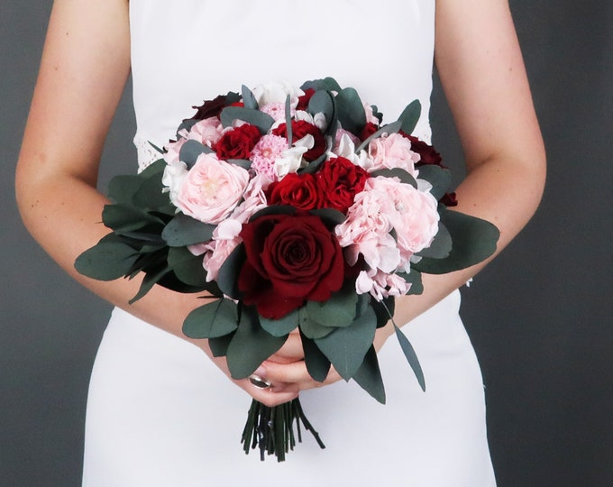 Deep red and blush pink wedding bouquet