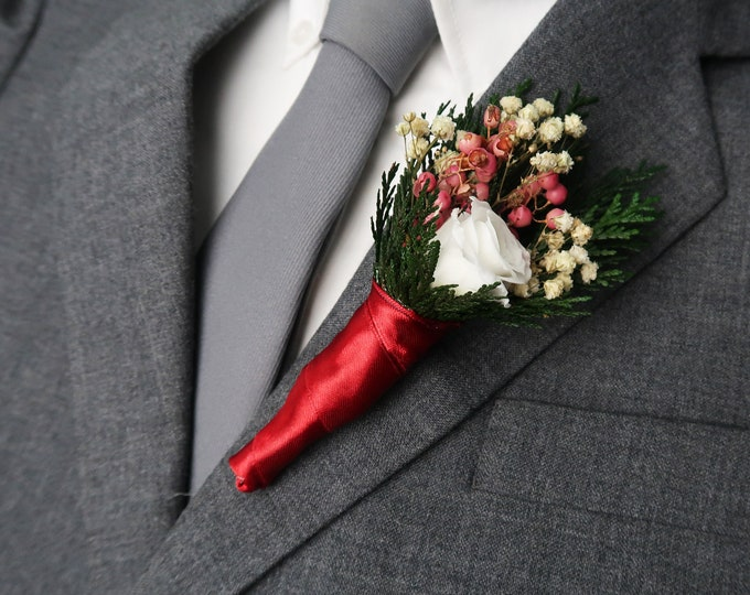 Winter wedding boutonniere with real preserved rose in red or white