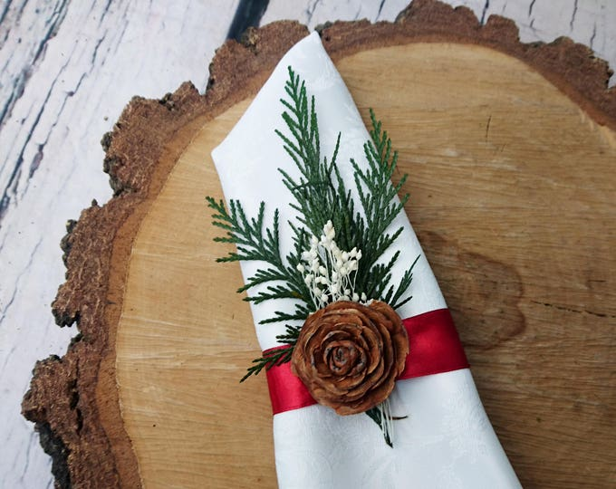 Winter woodland wedding table decor, 5 napkin holders red satin ribbon cedar rose thuja preserved greenery, Christmas table decoration