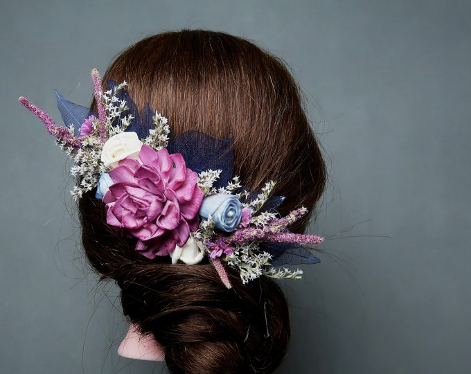 Floral sola flower hair comb Pastel purple blue ivory blue dried field flowers bridal hairpiece spring romantic wedding