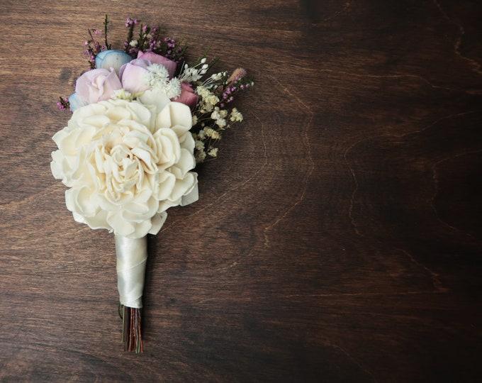 Pastel wedding boutonniere, ivory Groom's sola flowers, real heather, spring romantic wedding, field flowers