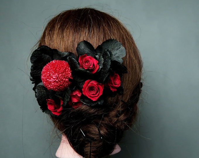 Deep red burgundy rose black hydrangea hair comb Alternative bride real preserved Flowers gothic bridal hair piece