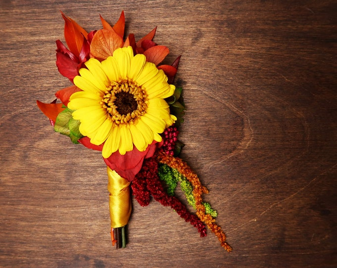 Sunflower fall wedding boutonniere with real preserved flowers