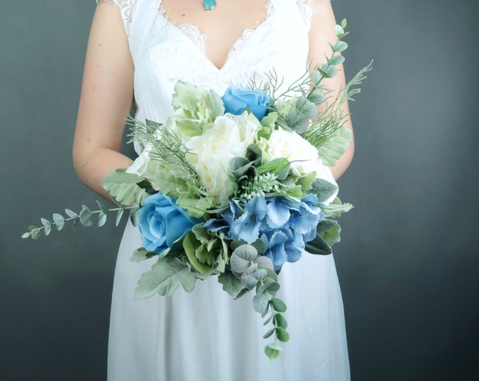 Pastel blue white silk flowers bouquet with greenery Best quality dusty miller flocked leafs roses hydrangea eucalyptus ivory bridesmaid