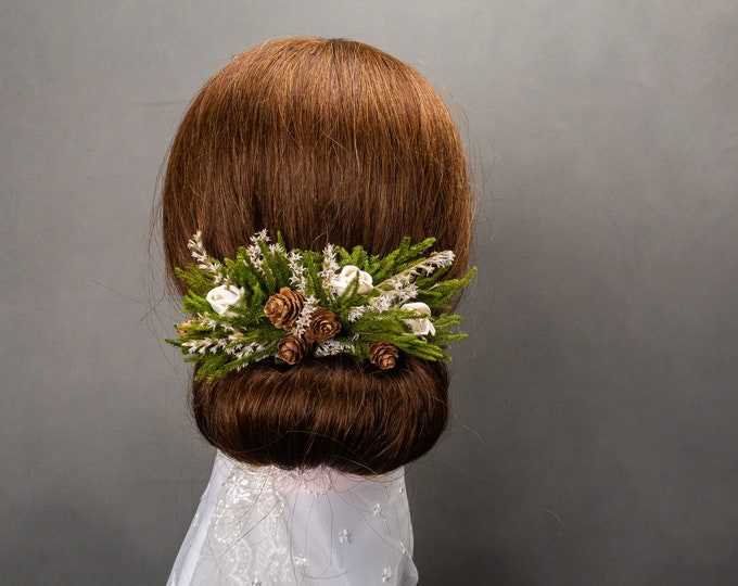 Greenery  and small cones woodland wedding hair comb, simple hair piece, bridal accessory, dried flowers, sola roses, wedding in the woods
