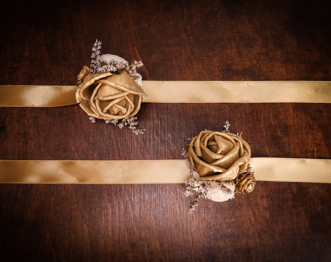 Gold glamour wedding, wrist corsage with cedar rose Sola Flowers, dried flowers satin ribbon, elegant great gatsby 20s retro