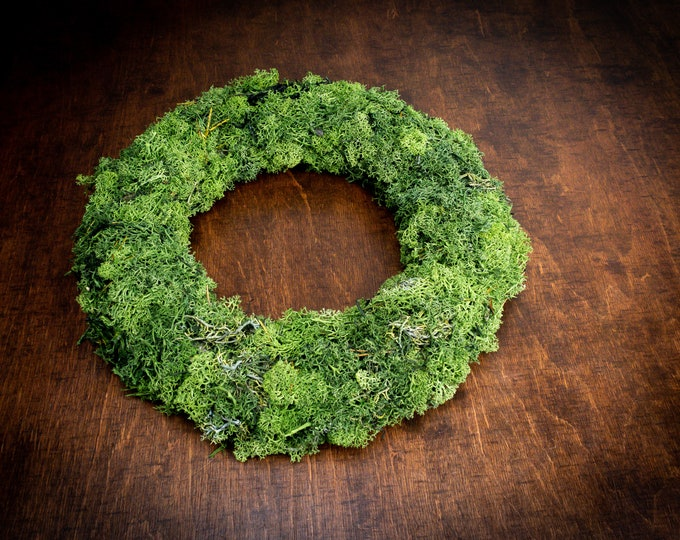 Natural moss wreath, Christmas decoration, front door decor, table decor, wedding centerpiece backdrop, woodland forest decor, green wreath