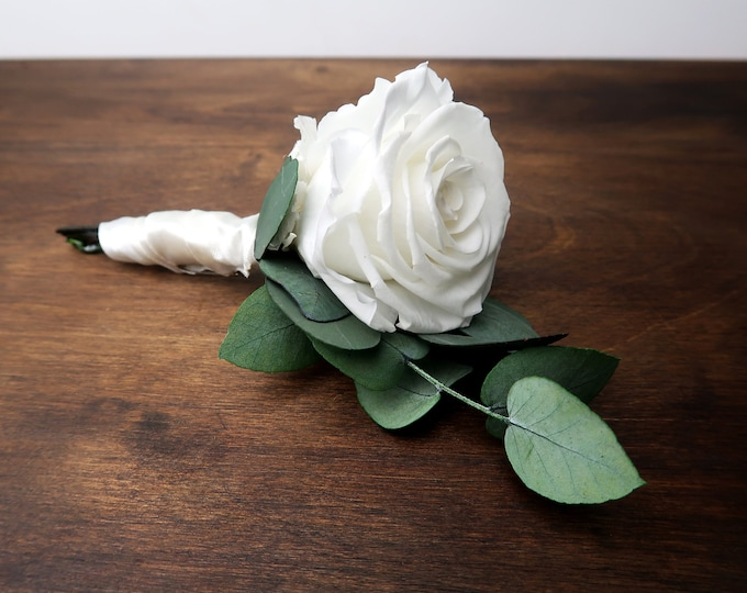 White preserved rose boutonniere