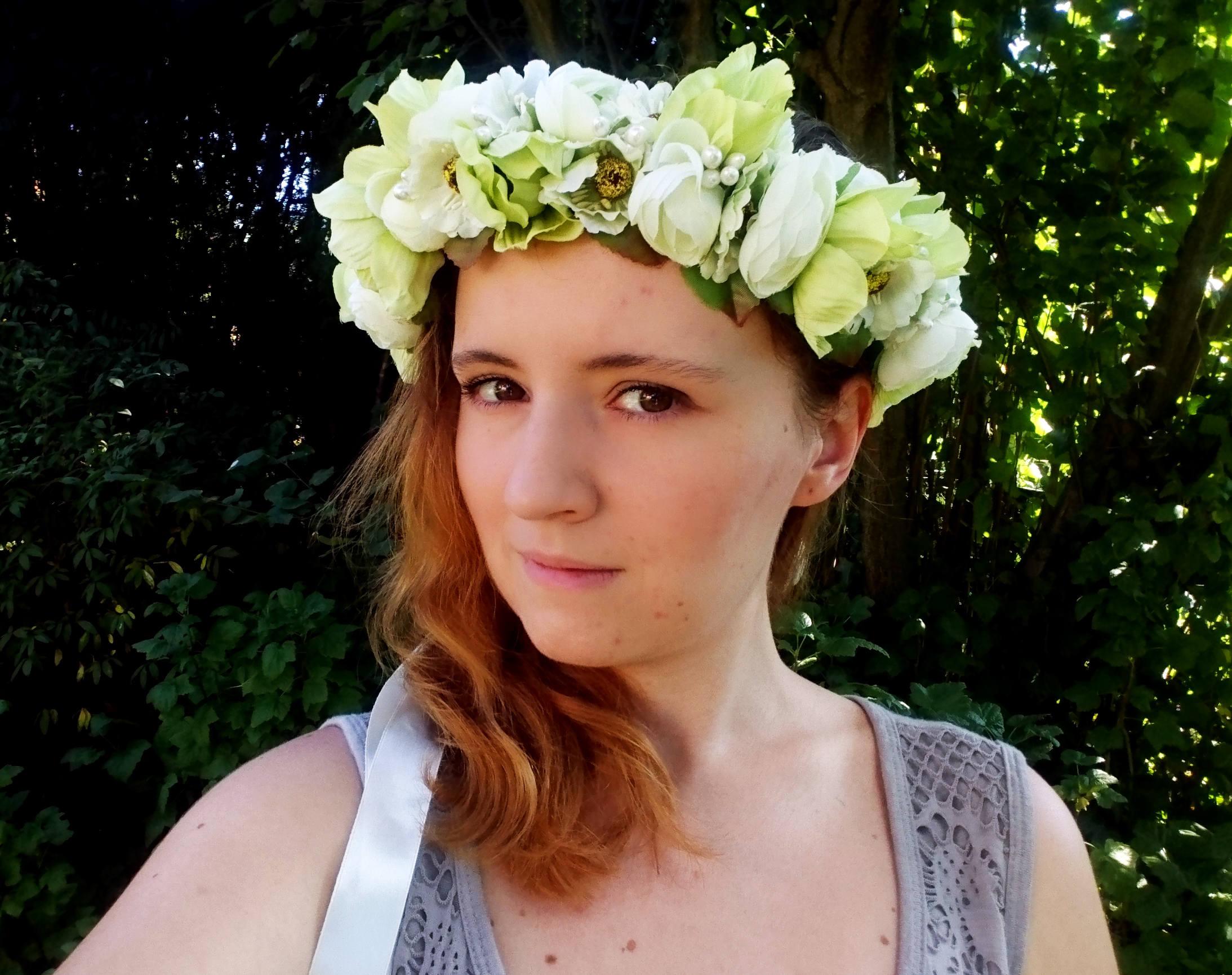 Green Floral Crown Wreath Artificial Flowers Greenery Wedding Fresh