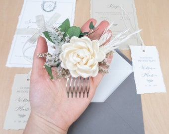Boho chic wedding floral comb, preserved plants eco hairpiece, natural colors wooden flowers clip, bleached pampas grass wedding decor