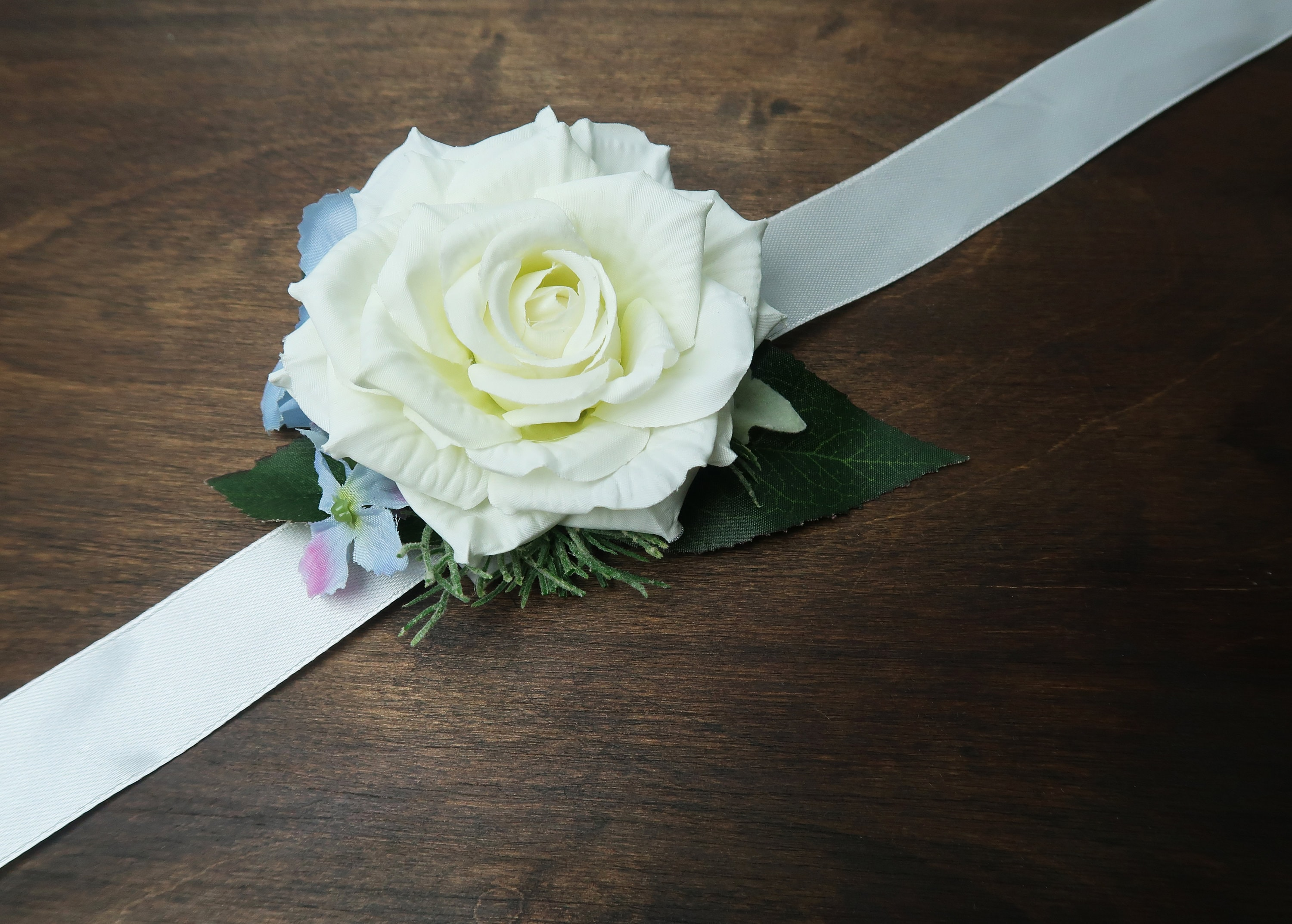 White Rose Blue Hydrangea Wedding Prom Wrist Corsage Sash Belt