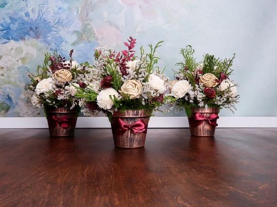 Burgund Wein Grün Gold Rustikale Hochzeit Herzstück Sola Blumen Arrangement Erhalten Zypresse Zeder Rose Elegante Tischdekoration
