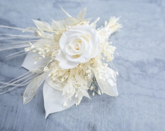 Glamour white wedding boutonniere with exclusive real preserved flowers and peacock feathers, white Groom's flowers boutonniere