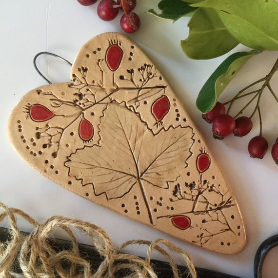 Handmade Ceramic Hanging heart (heart only), autumn theme, hedgerow, rosehips, berries