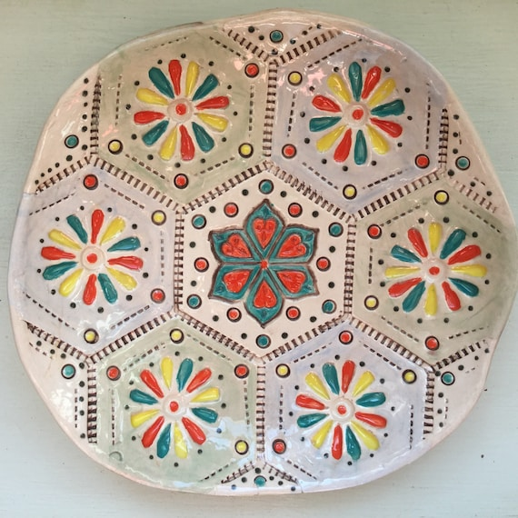 Ceramic Patchwork Patterned Bowl, 8ins (20cm) across, hexie dish, handmade, quilting, stitching, textiles, stitchy detail