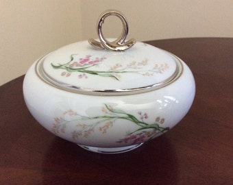 A Pretty Round Bavaria Germany Sugar/Candy Dish, Jaegers Co #03088.