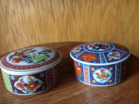 Two Pretty Oriental Decorative Ceramic Trinket Boxes Asahi Sato Gordon