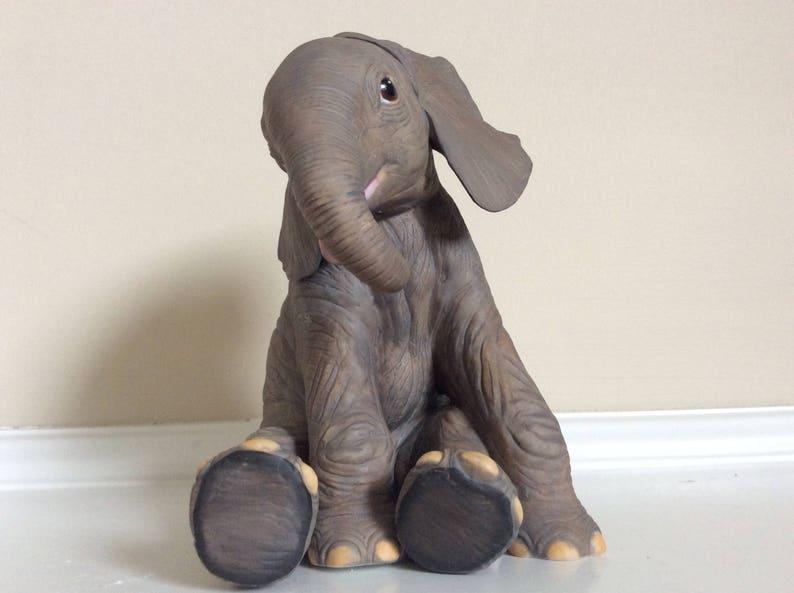 Lenox Endangered African Elephant Calf 1991 Figurine Smithsonian Collection.