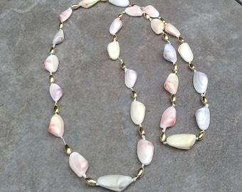 Vintage Shell Necklace/Handmade Vintage Shell Necklace/Shell and Gold bead Necklace/Old Shell Necklace/Ladies Shell Necklace
