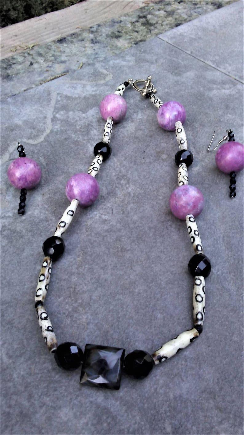 Purple and White Ceramic Necklace SetBlack /& White Necklace SetBlack White and Purple Necklace Set Black