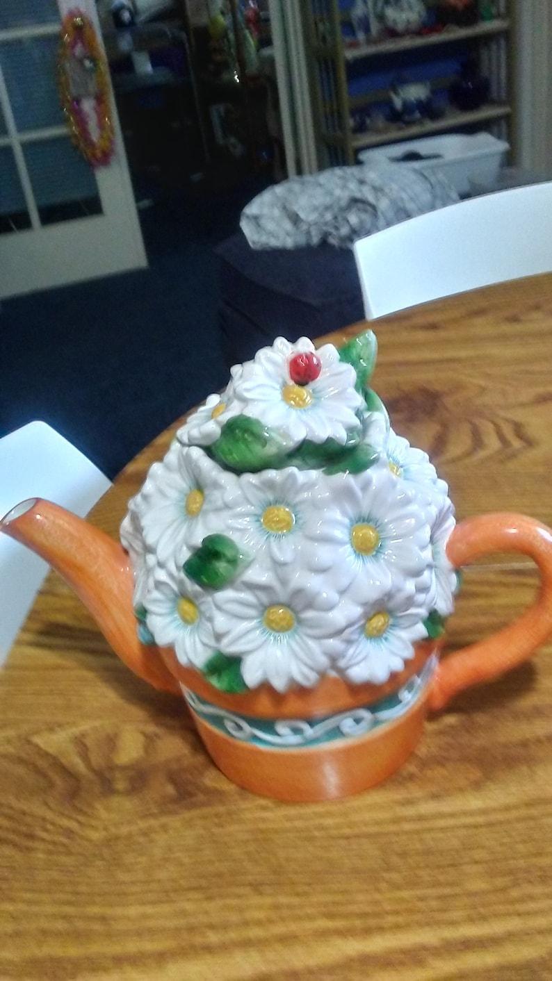 Vintage Daisy Teapot/Daisy Teapot/Rare Vintage Daisy image 0