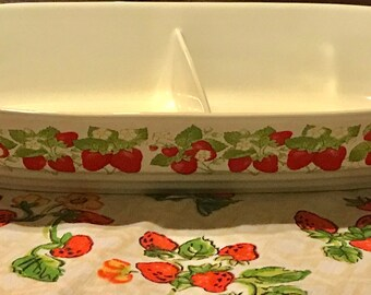 Strawberry Pattern Split Casserole Dish