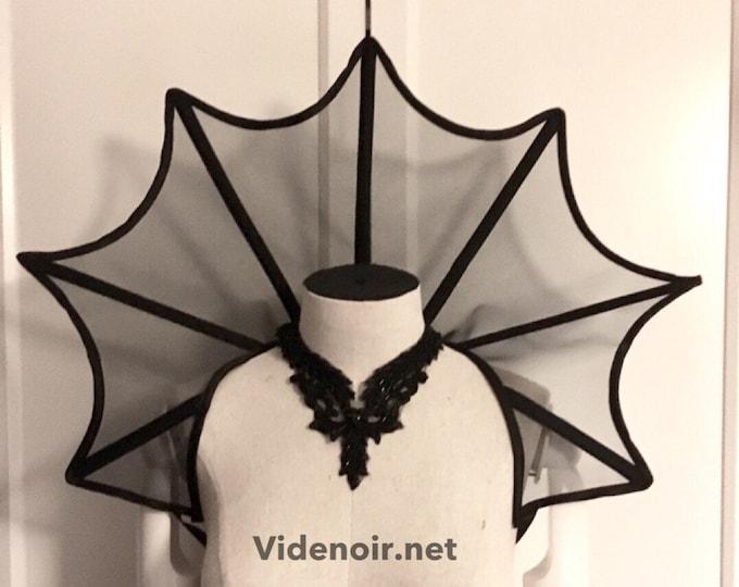 Mesh vampire pointed shape elizabethan collar