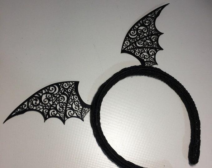 Headband with filigree Vampire bat wings