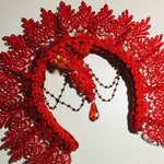 Red Stiff lace Halo in luxury lace