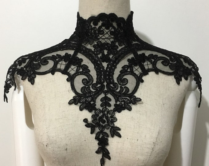 Gothic lace Victorian Necklace with luxury lace