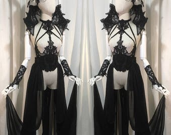 Complete outfit, gothic lingerie set, lateral skirt