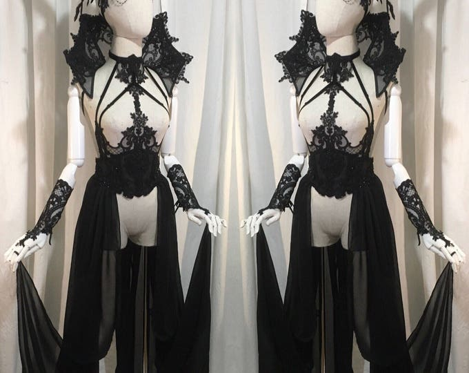 Complete outfit gothic lingerie set with trawl