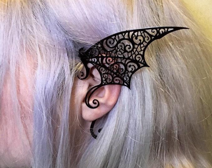 Tote Earrings Metal Filigree vampire shape