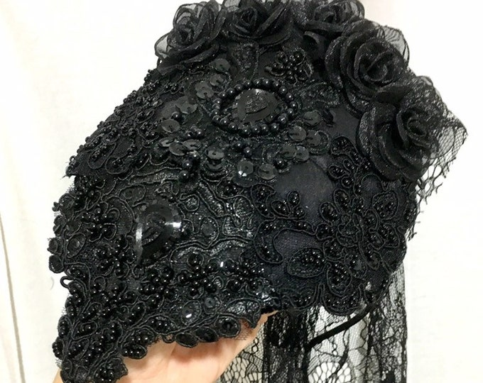 Queen victoria inspired mourning fascinator