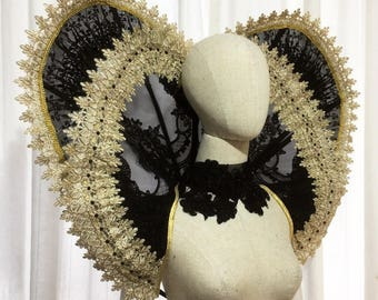 Giant double Elizabethan Collar Lace Wired ruff mesh handmade heart shape standing alone
