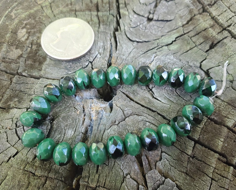 25 6 x 8mm Faceted Czech Glass Rondelles in Hunter Green with a Picasso Finish