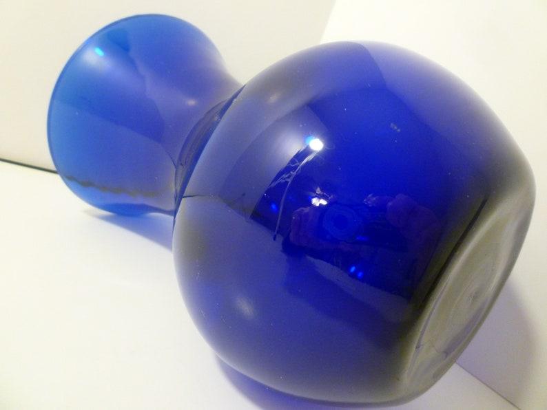 Vintage Indiana Glass Cobalt Blue Vase. VASE COBALT BLUE