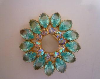 BROOCH. AQUA RHINESTONE Brooch. Sparking, Vintage 1960's Brooch. Faceted Rhinestones and Aurora Crystals Inset.