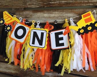 UNE bannière de parti chaise haute Construction - Construction fête, premier anniversaire, fête de la ferme, tracteur fête, fête d'anniversaire