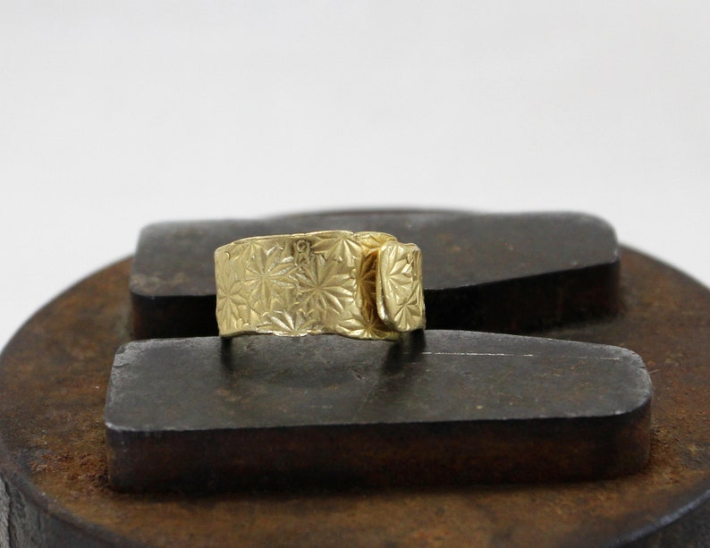 HUELLAS Gold Plated Silver Ring