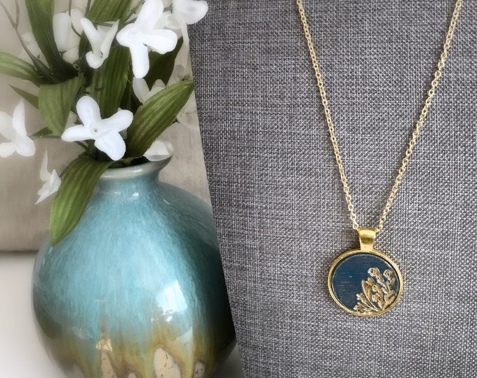 Wildflower Pendant Necklace - Navy