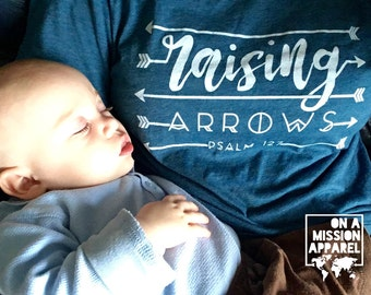 Raising Arrows Psalm 127 Adult Unisex T-shirt with Script and Arrow Design