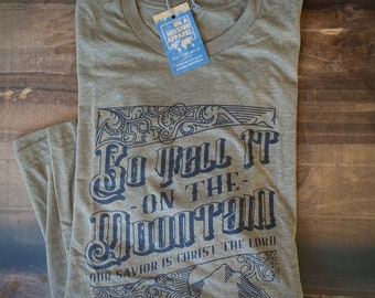Go Tell It On The Mountain Christmas Label Adult Unisex T-shirt