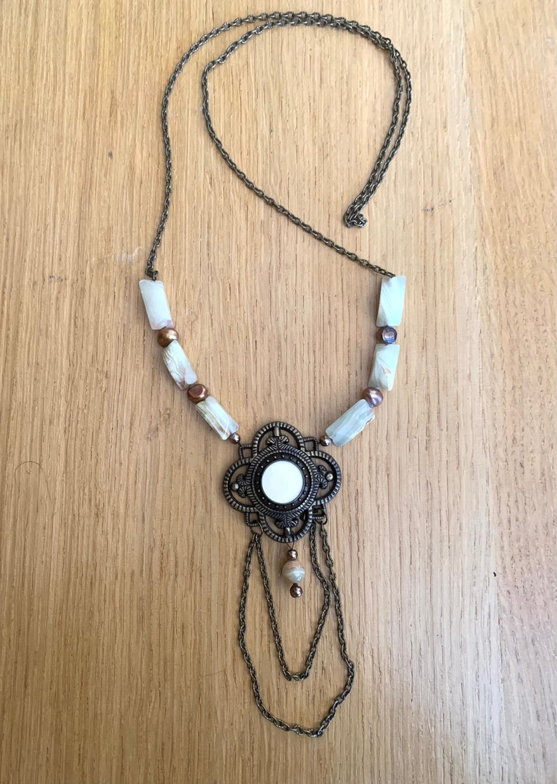Vintage pendant with jade and pearl 80s