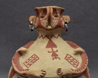 Native American Maricopa Indian Pottery Effigy Vase, by Theroline  Bread, CA 1960's, # 1700