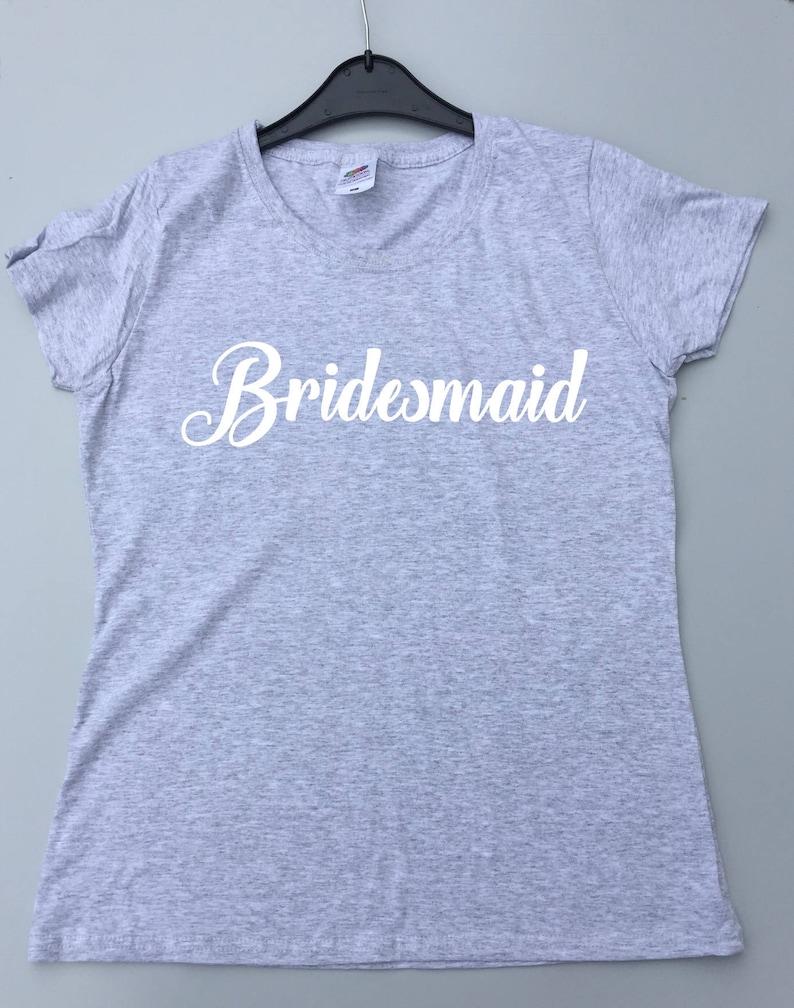 7c635eaa9e455 T-shirt de demoiselle dhonneur fête de mariage personnalisé