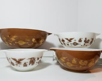 Vintage Early American Pattern Cinderella Nesting Mixing Bowl Set By Pyrex