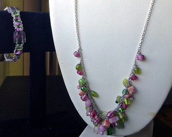 Spring Pink and Green Necklace and Bracelet Set